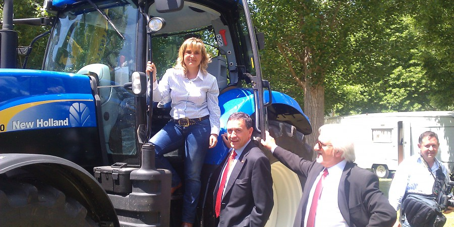 esther_tractor